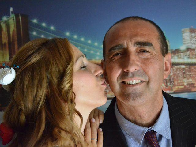 La boda de Miguel y Carol en L' Hospitalet De Llobregat, Barcelona 46