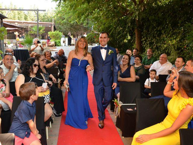 La boda de Miguel y Carol en L' Hospitalet De Llobregat, Barcelona 49