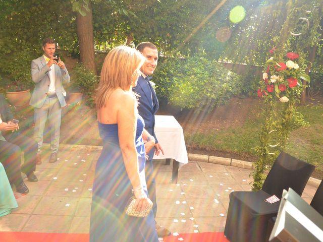 La boda de Miguel y Carol en L' Hospitalet De Llobregat, Barcelona 50