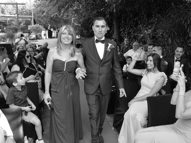 La boda de Miguel y Carol en L' Hospitalet De Llobregat, Barcelona 51