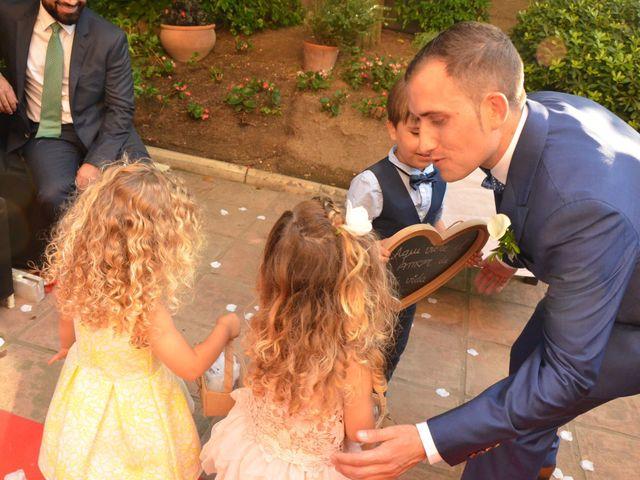 La boda de Miguel y Carol en L' Hospitalet De Llobregat, Barcelona 54