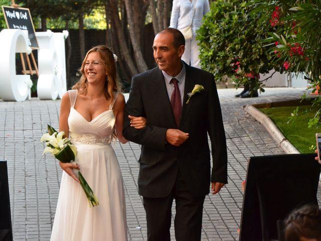 La boda de Miguel y Carol en L' Hospitalet De Llobregat, Barcelona 56
