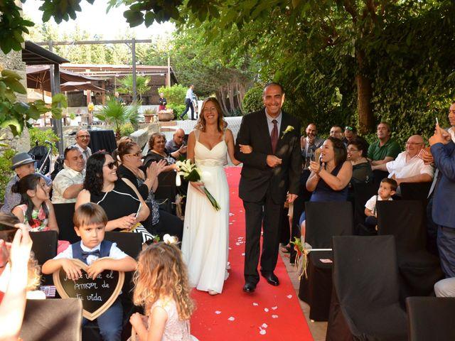 La boda de Miguel y Carol en L' Hospitalet De Llobregat, Barcelona 57