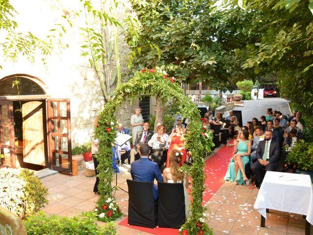 La boda de Miguel y Carol en L' Hospitalet De Llobregat, Barcelona 63