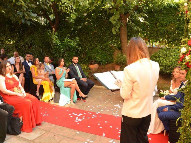 La boda de Miguel y Carol en L' Hospitalet De Llobregat, Barcelona 64