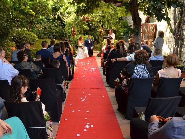 La boda de Miguel y Carol en L' Hospitalet De Llobregat, Barcelona 65