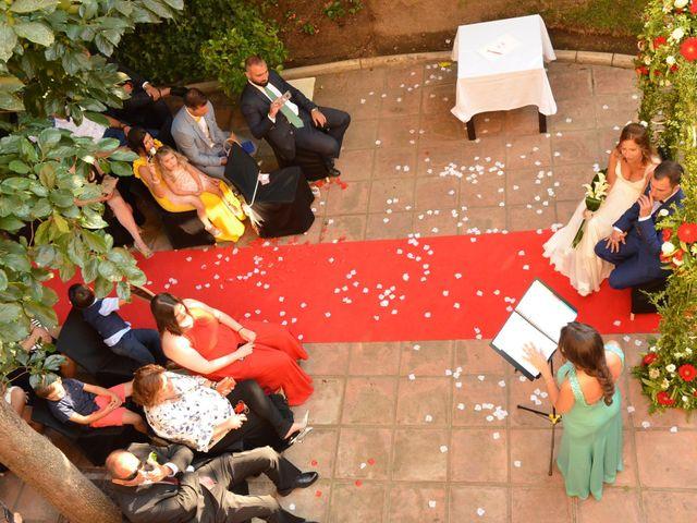 La boda de Miguel y Carol en L' Hospitalet De Llobregat, Barcelona 71