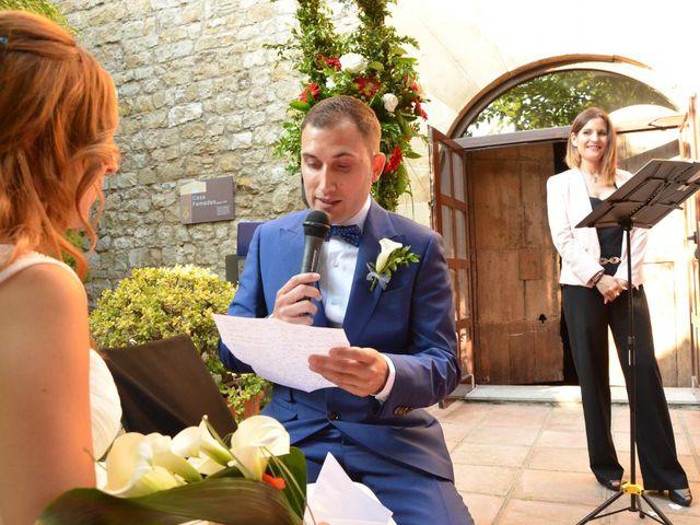 La boda de Miguel y Carol en L' Hospitalet De Llobregat, Barcelona 77