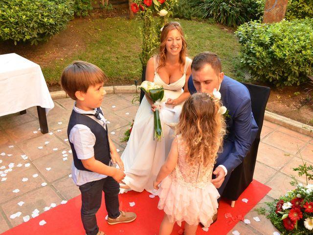 La boda de Miguel y Carol en L' Hospitalet De Llobregat, Barcelona 82