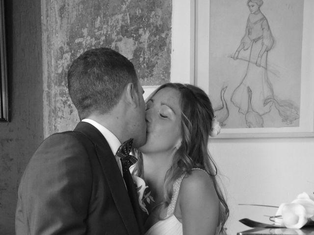 La boda de Miguel y Carol en L' Hospitalet De Llobregat, Barcelona 107