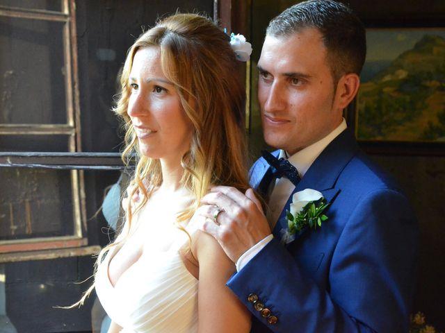 La boda de Miguel y Carol en L' Hospitalet De Llobregat, Barcelona 111