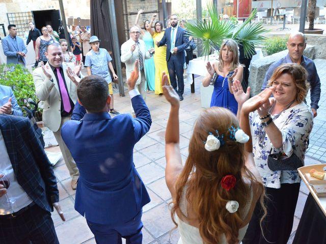 La boda de Miguel y Carol en L' Hospitalet De Llobregat, Barcelona 114