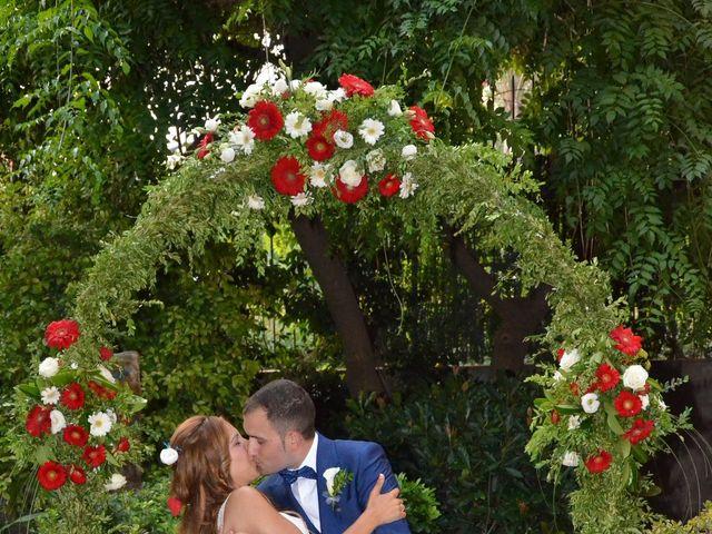 La boda de Miguel y Carol en L' Hospitalet De Llobregat, Barcelona 122