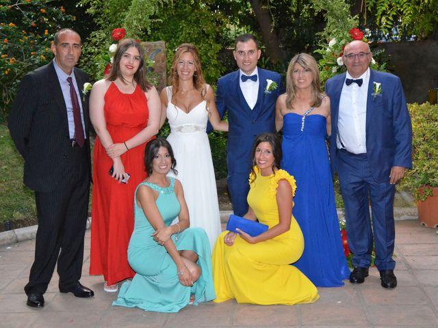 La boda de Miguel y Carol en L' Hospitalet De Llobregat, Barcelona 123