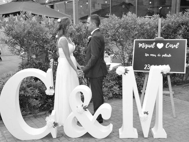 La boda de Miguel y Carol en L' Hospitalet De Llobregat, Barcelona 125