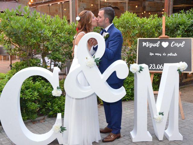 La boda de Miguel y Carol en L' Hospitalet De Llobregat, Barcelona 126