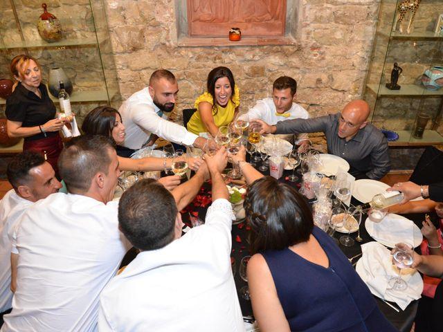 La boda de Miguel y Carol en L' Hospitalet De Llobregat, Barcelona 130