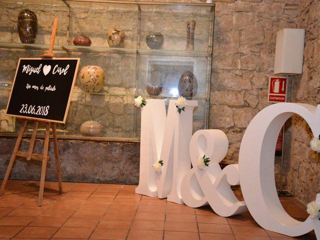 La boda de Miguel y Carol en L' Hospitalet De Llobregat, Barcelona 131