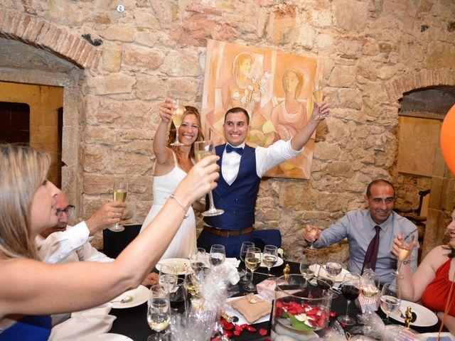 La boda de Miguel y Carol en L' Hospitalet De Llobregat, Barcelona 135