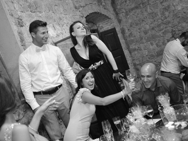 La boda de Miguel y Carol en L' Hospitalet De Llobregat, Barcelona 149