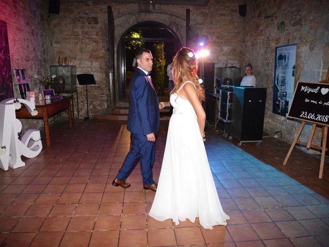 La boda de Miguel y Carol en L' Hospitalet De Llobregat, Barcelona 158