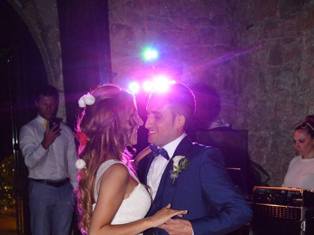 La boda de Miguel y Carol en L' Hospitalet De Llobregat, Barcelona 159