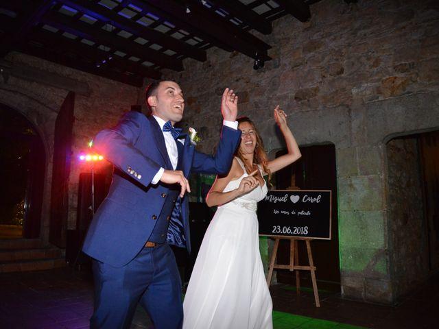 La boda de Miguel y Carol en L' Hospitalet De Llobregat, Barcelona 161