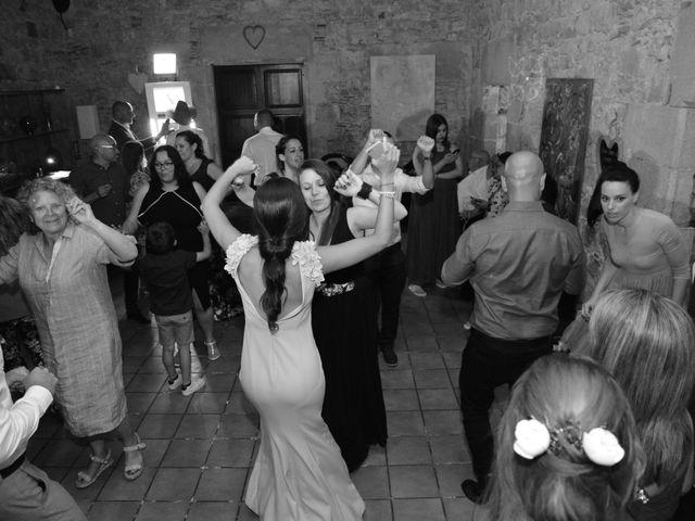 La boda de Miguel y Carol en L' Hospitalet De Llobregat, Barcelona 163