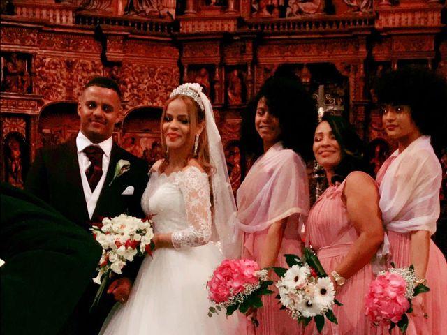 La boda de Ángel Antonio y Heidy Pamela  en Teruel, Teruel 22