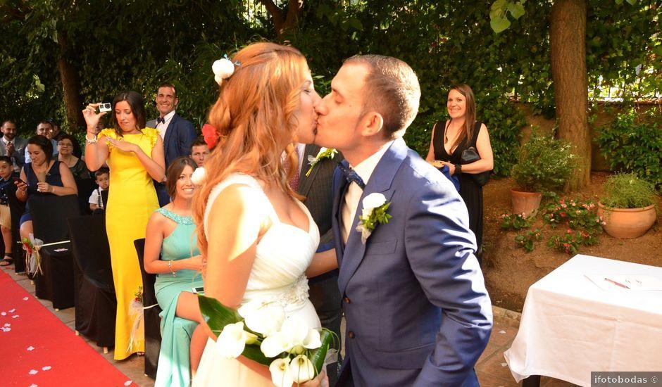 La boda de Miguel y Carol en L' Hospitalet De Llobregat, Barcelona