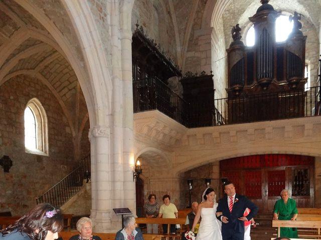 La boda de Javier y Amaia en Poza De La Sal, Burgos 5