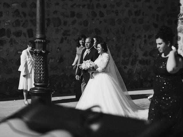 La boda de Rafa y Alba en Almodovar Del Campo, Ciudad Real 32