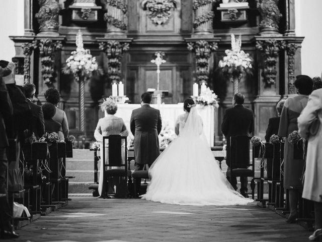 La boda de Rafa y Alba en Almodovar Del Campo, Ciudad Real 37