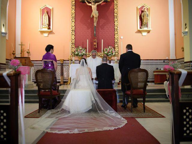 La boda de Emilio  y Wendy en San Jose De La Rinconada, Sevilla 33