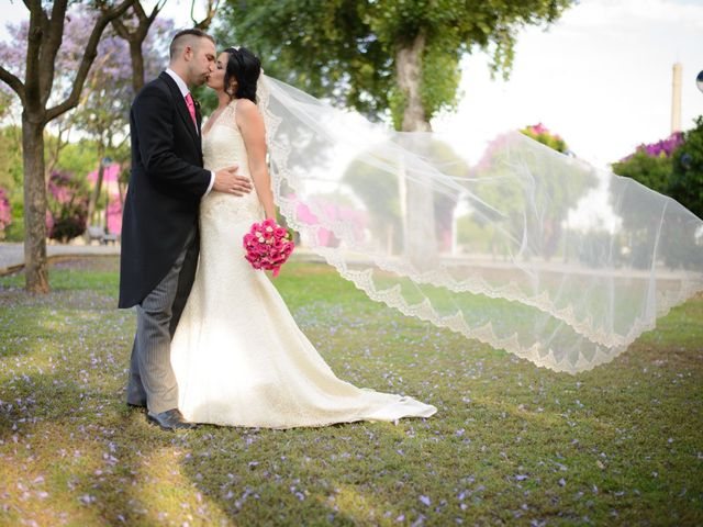 La boda de Emilio  y Wendy en San Jose De La Rinconada, Sevilla 42