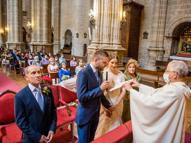 La boda de Francisco y Sofía en Medina De Rioseco, Valladolid 15