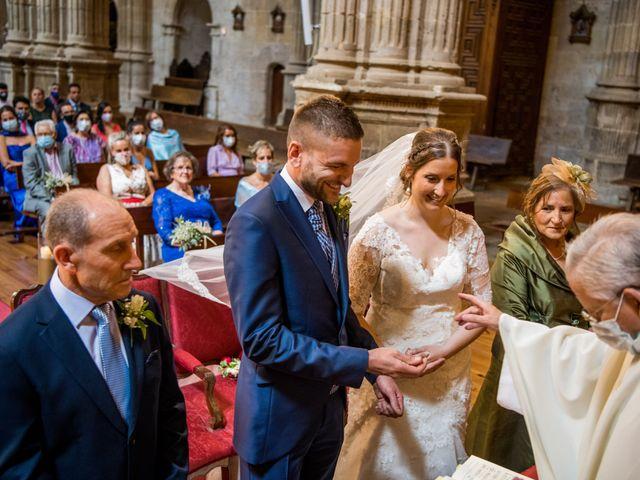 La boda de Francisco y Sofía en Medina De Rioseco, Valladolid 16
