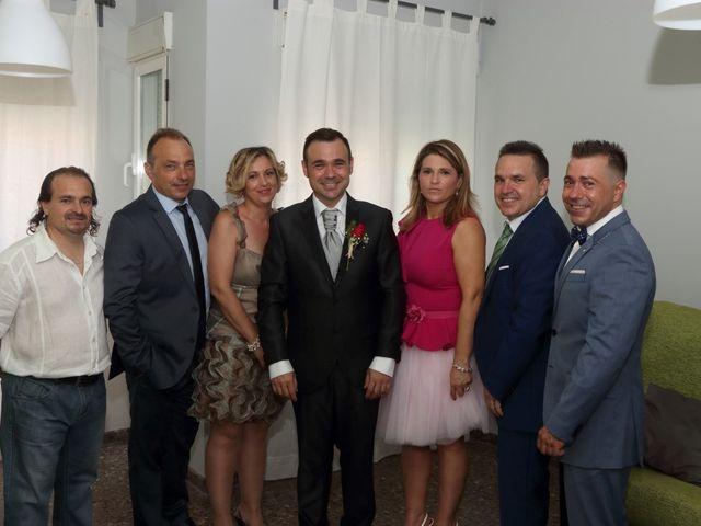 La boda de Javier y Lorena en Vila-real/villarreal, Castellón 11