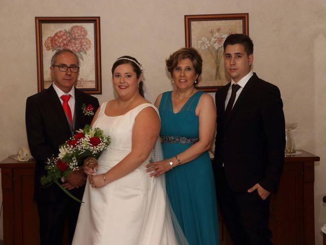 La boda de Javier y Lorena en Vila-real/villarreal, Castellón 45