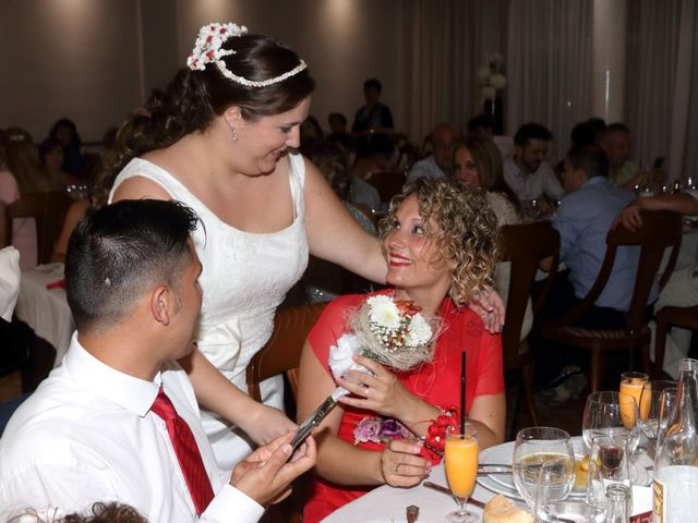 La boda de Javier y Lorena en Vila-real/villarreal, Castellón 84