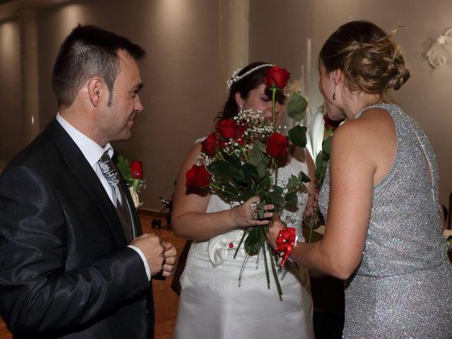 La boda de Javier y Lorena en Vila-real/villarreal, Castellón 109