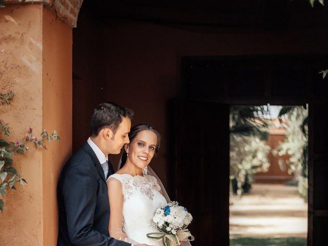 La boda de Juanmi y Eli en Ribera Del Fresno, Badajoz 33