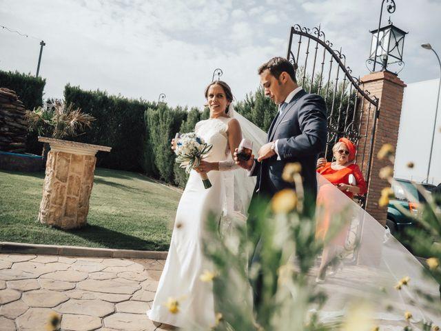 La boda de Juanmi y Eli en Ribera Del Fresno, Badajoz 35