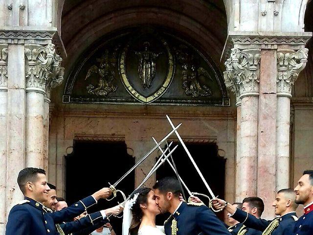 La boda de Gaizka y Laura en Covadonga (Cangas De Onis), Asturias 2