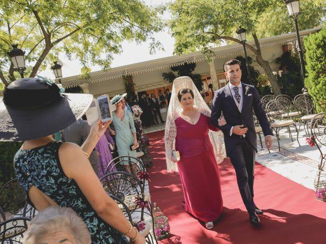 La boda de Jose Antonio y Carmen en Espartinas, Sevilla 23
