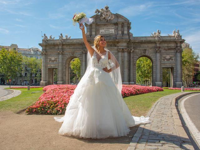 La boda de Daniel y Rosa en Madrid, Madrid 25