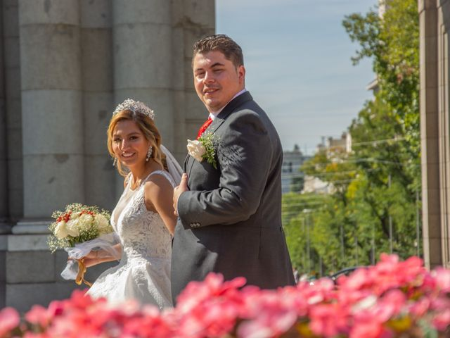La boda de Daniel y Rosa en Madrid, Madrid 28