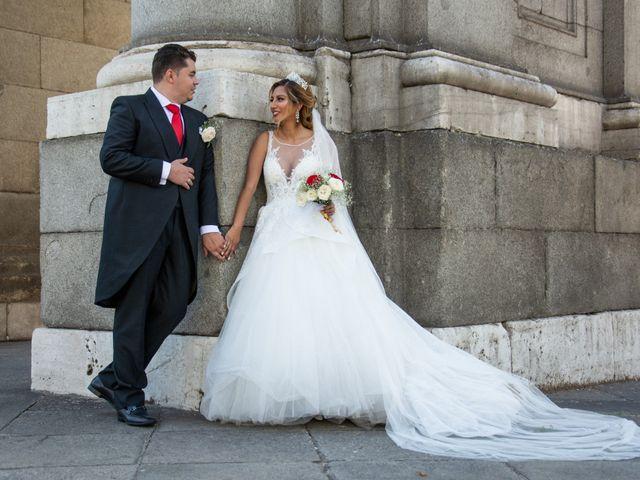 La boda de Daniel y Rosa en Madrid, Madrid 29