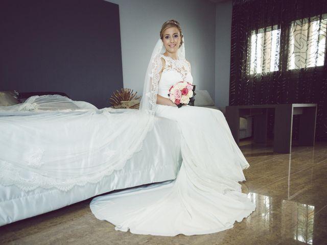 La boda de Daniel y Loli en Santa Maria Del Aguila, Almería 28