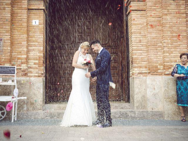 La boda de Daniel y Loli en Santa Maria Del Aguila, Almería 35